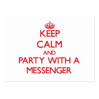 Guarde la calma y vaya de fiesta con un mensajero tarjeta personal
