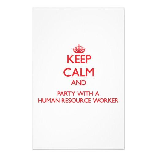 Guarde la calma y vaya de fiesta con un trabajador papelería de diseño