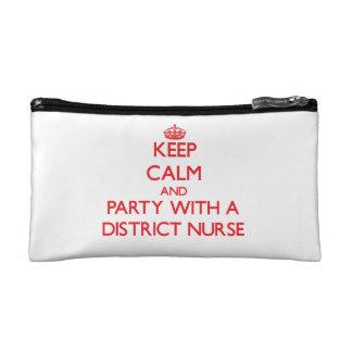 Guarde la calma y vaya de fiesta con una enfermera