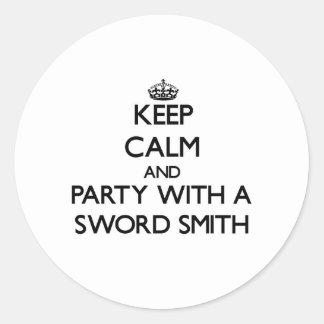 Guarde la calma y vaya de fiesta con una espada Sm Pegatinas