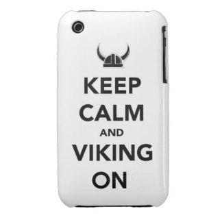 Guarde la calma y Viking en los hel divertidos del iPhone 3 Case-Mate Protector