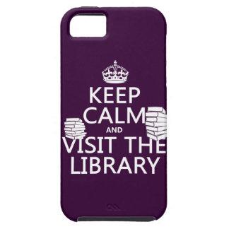 Guarde la calma y visite la biblioteca - en iPhone 5 funda