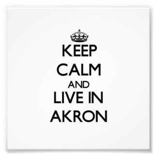 Guarde la calma y viva en Akron