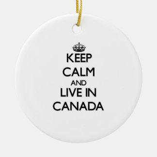 Guarde la calma y viva en Canadá Ornamentos De Reyes