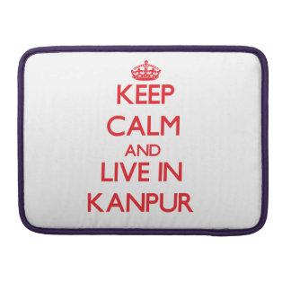 Guarde la calma y viva en Kanpur Fundas Macbook Pro