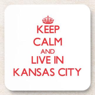 Guarde la calma y viva en Kansas City Posavasos
