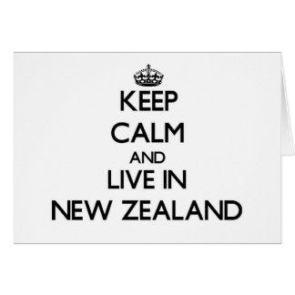 Guarde la calma y viva en Nueva Zelanda Felicitación