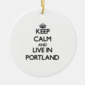 Guarde la calma y viva en Portland Adorno Navideño Redondo De Cerámica