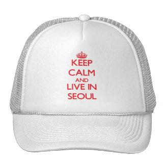 Guarde la calma y viva en Seul Gorros Bordados