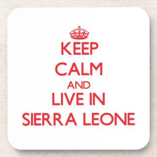 Guarde la calma y viva en Sierra Leone Posavasos De Bebidas