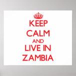 Guarde la calma y viva en Zambia Posters