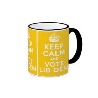 Guarde la calma y vote el ~ Reino Unido político d Taza De Café
