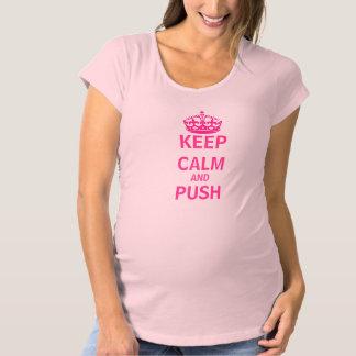 Guarde la camisa de maternidad tranquila