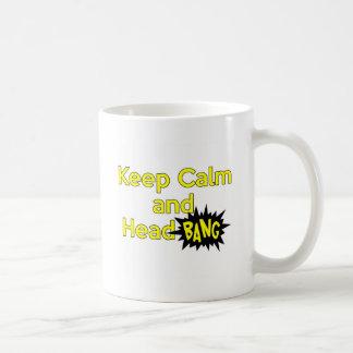 Guarde la explosión tranquila y principal taza básica blanca