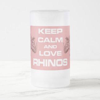 Guarde la taza de la calma y del diseño del rinoce
