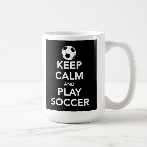 Guarde la taza del fútbol de la calma y del juego