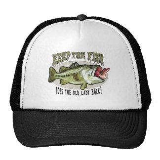 Guarde los pescados al lado de los estudios de Mud Gorra