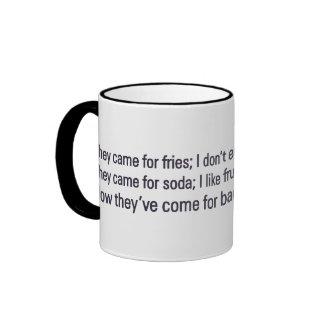 Guarde su atención sanitaria de mi tocino taza de café