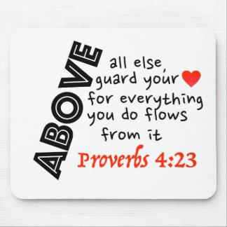 ¡Guarde su corazón!! Alfombrillas De Ratones