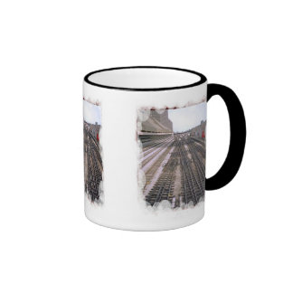 Guarde su ojo en la pista taza de café