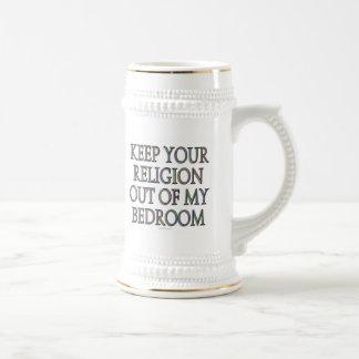 Guarde su religión fuera de mi dormitorio taza