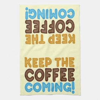 Guarde venir del café toalla