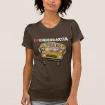 Guardería del amor del autobús escolar camisetas
