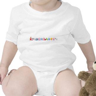 guardería traje de bebé