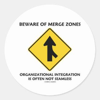 Guárdese de la integración de organización de las etiqueta redonda