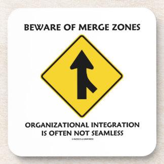 Guárdese de la integración de organización de las posavasos de bebidas