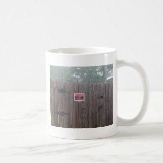 Guárdese de la lluvia del perro tazas de café
