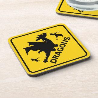 Guárdese de señal de peligro de los dragones posavasos de bebidas