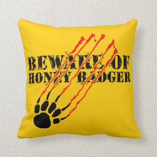 Guárdese de tejón de miel almohadas