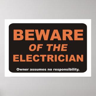 Guárdese del electricista póster