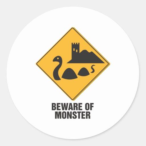 Guárdese del monstruo de Loch Ness Etiqueta Redonda