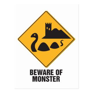 Guárdese del monstruo de Loch Ness Tarjetas Postales