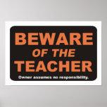 Guárdese del profesor poster