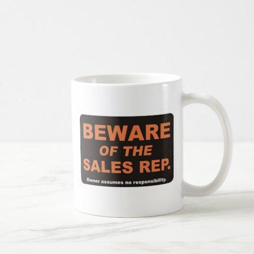Guárdese/representante de las ventas taza de café