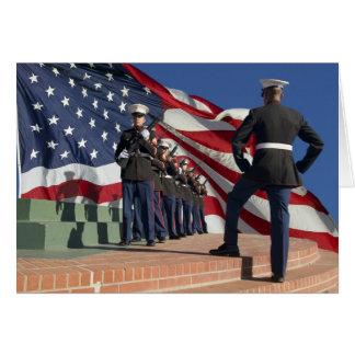 Guardia de honor del rifle felicitacion