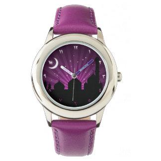 Guardia nocturna de la púrpura de la silueta de la relojes de mano