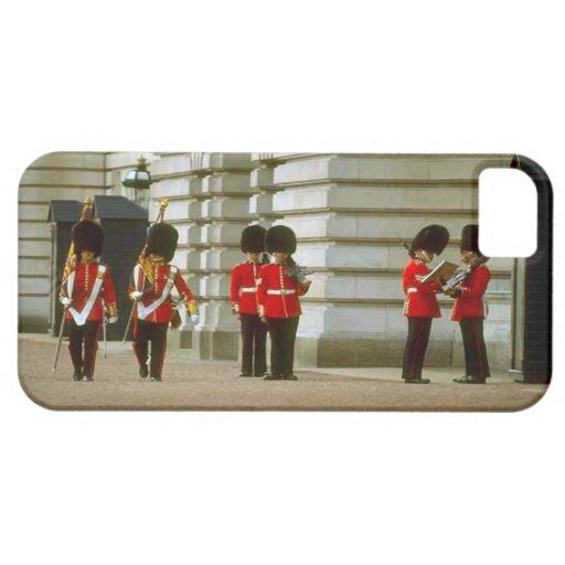 Guardias de palacio funda para iPhone 5 barely there