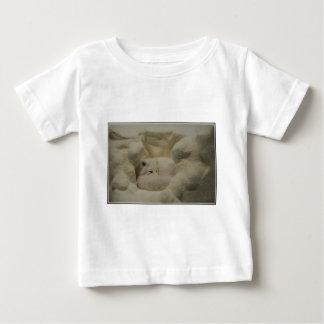 Guarida del Fox ártico T Shirts
