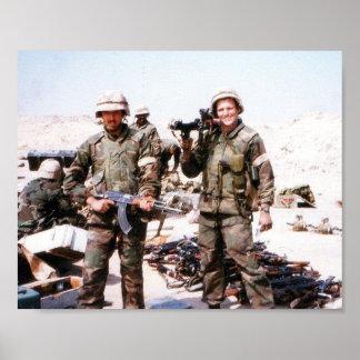 Guerra del Golfo - escondrijo de las armas Póster