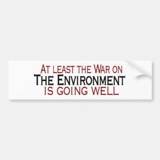 Guerra en el ambiente pegatina de parachoque