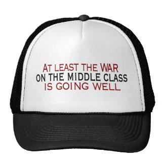 Guerra en la clase media gorros