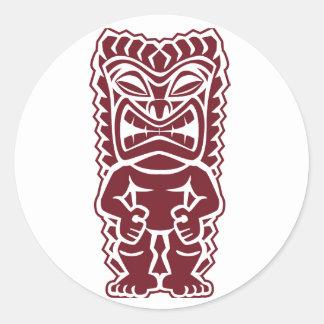 guerrero Borgoña del tótem del tiki Pegatina Redonda
