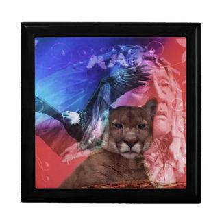 Guerrero del indio del nativo americano joyero cuadrado grande