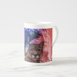 Guerrero del indio del nativo americano taza de porcelana