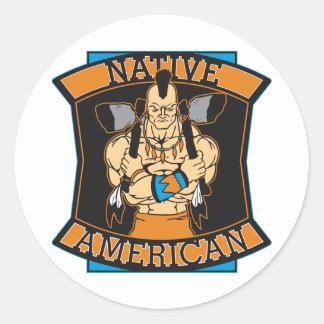 Guerrero del nativo americano pegatina redonda