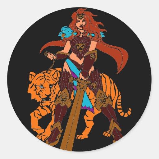 Guerrero femenino con el tigre y la espada pegatina redonda
